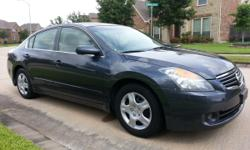 2009 Nissan Altima 2.5 S Sedan 4D, Excellent condition, Clean Title, Low miles 105K Engine 4 Cyl. 2.5L, Transmission Automatic, Air conditioning, Power windows, Power Door locks, Cruise control, Power
