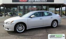 Safe and reliable, this Used 2011 Nissan Maxima 3.5 SV w/Sport Pkg packs in your passengers and their bags with room to spare. It is well equipped with the following options: Zone body construction, XM satellite radio *N/A in AK or HI*, Warning lights