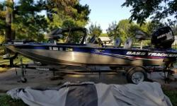 2012 BASS TRACKER 175 TF PRO TEAM WITH75 HORSE/2 STROKEMERCURY OPTI MAX- LOW HOURS GREAT CONDITION TIRES GOOD-LOTS OF EXTRAS- LIGHTS IN ALL COMPARTMENTS AND LIGHTS ON BOAT FOR NIGHT FISHING-HAS HUMMINGBIRD GPS/TRACKING SYSTEM- HAS MINN-KOTA ON