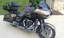HD passenger floor boards with adjustable pegs. This bike is in excellent like new condition, one owner, all upgrade work and service has been done at the Harley dealership. I also have the original handlebars to go with sale of bike.