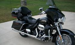 2013 Ultra Classic Screamin? Eagle CVO FLHTCU SE8 110th Anniversary model #55 of 1100 built that is in mint condition.  The color is Diamond Dust and Obsidian with Palladium graphics.  It?s just like new with only 700 miles on it.   Some of