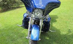 Limited production custom 2013 Harley Davidson FLHRSES Road King CVO Screaming Eagle. Incredible twin cam 1803cc. 7300 miles. Factory 6spd cruise drive transmission,with cruise control, hydraulic clutch, Installed for factory 200 watt audio system ipod