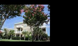 Reduced !!!!   South Harbour Station Condos are located in the Intracoastal Waterway development of South Harbour Village which is just minutes over the bridge to the beach. This spacious 3bd/2ba end unit is located on the 3rd