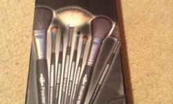 Hey everyone! Especially the make up junkies and beauty lovers....LISTEN UP!!!! Selling my brand new makeup brushes!!! Brand new and never used at all and all packed! They are great! I already have a lot so selling my extra ones. I got them from UAE.