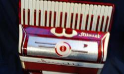 Student size accordion and case in good condition