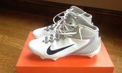 In Mint Condition!!! Alpha Speed D Size 8.5 Nike Football Shoes. White with Silver. Call 920-915-3384