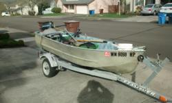 This 12ft aluminum lake boat has a 4hp mercury motor with a very nice EZloader trailer. Spend a great time with grandkids on the lake to reach the big ones.