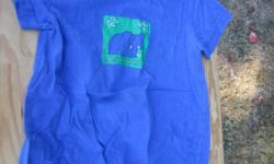 Cute Honors blue romper with an elephant on the front, size 18 months. This is in great condition. Snaps at the bottom.