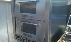 USED BAKERS PRIDE P46S - PIZZA OVEN WITH HEARTH DECKS/OVEN STONES -2 COMPARTMENTS 3 DECKS - Single Phase ASKING: $1250 OBO - CALL: -- Bakers Pride Combination Countertop Oven (P46S) is a double compartment oven with 3 decks (2 HEARTH DECKS).