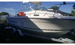 2000 Bayliner Trophy 2002,Rod storage, 2 fish boxes, live well, radio, 85 gallon fuel tank,trim tabs, electronics, Mercury Saltwater Optimax 150 2 stroke, Trailer is tandem axle EZ roller. Must see call today or email for more info.
