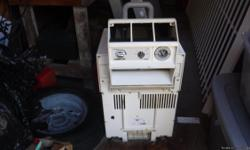 A/C Unit used on a Bayliner Cabin Cruiser can be used on any boat with shore power and a top port, excellent condition