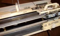 Brother Kh965 knitting machine with Kr 850 Ribber used, good shape, computerrized