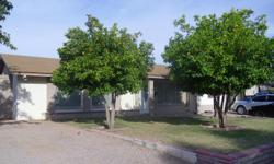 3 bed 2bath carpor , exelentnighberhood,family room , faier place, bar , full kitchen , tile ,near mountien , only2 mints to I-17 good school disric area,new roof , only $895.00/mo call 228-1300