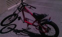 very nice sting ray bike, not many of these around.