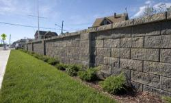 We work within your budget! (just be reasonable) We offer our construction services for all types of walls, and retaining walls in Northern California. We can build them from pavers, natural stone, fabricated stone, bricks, flagstone, or concrete blocks,