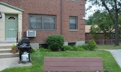 ID:(MAT) Completely Renovated 1st Flr One Bedroom Co-Op Apartment In Beech Hills For Sale. This Apartment Features 1 Bedroom, 1 Full Bathroom, Living Room, Dining Area And A Beautiful Kitchen With Granite Countertops + Ss Appliances. All Utilities And