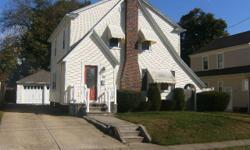 Cranston :THIS CHARMING WELL CARED FOR SPACIOUS HOME IN THE HEART OF FOREST HILLS. OFFERS 7 ROOMS, 3 BEDS, 1.5 BATHS, LIVING ROOM WITH FIREPLACE, FORMAL DINING ROOOM, KITCHEN, HEATED SUNROOM, PARTIALLY FINISHED BASEMENT, 2 CAR GARAGE, DECK, FENCED