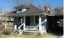 4931 Chestnut Ave, Kansas City, MO 64130 Listing Price: $10,000.00 Built in: 1919 Square Feet: 836 Bedrooms: 2.0 Bathrooms: 1.0 School District: Kansas City Taxes Half: $158.28 Garage Details: Carport Basement Details: Unfinished Fireplace Details: