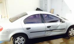 Dodge Neon 2005 runs good no mechanical prblems A/C works Clean Title for more information call 213-841-4332 ask for Irving