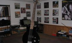 Ibanez Electric Bass Guitar, model GAXB150, black, 20/medium frets with Gator soft case and Stageline stand