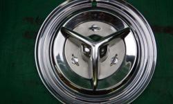 (1) Extra Nice 1956 Olds Fiesta Spinner Hubcap $120.00