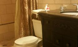 Great deal furnish room for rent. Excellent location at Kendall area, Included Bathroom. Walking distance for shopping center, pharmacy, hospitals, restaurant, coffee shop, bus stop. Inmediately occupancy. Queen Bed