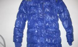 Girls Down Winter Jacket, size 9 years, like new. Daughter outgrew only worn a couple of times.Machine Washable. CASH ONLY