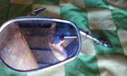 HARLEY DAVIDSON MIRRORS ( 2 ) CHROME MIRRORS... LOOK BRAND NEW ONLINE CAST MUCH MORE ( ACTUALLY HAVE 3 MIRRORS ) SO 3 FOR 60.00