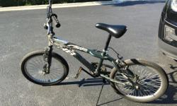 Good condition Rear brake doesn';t work Tires may need some air PLEASE CALL first, thanks 847 849 6799 847 293 3733