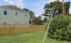 Nice and CleanHome near downtown Sealy Large Oaks. Just recently painted with Water, Sewer and Garbage Included they also have New Privacy Fence and Large backyard for grilling & picnics. Located at 114 North Fowlkes