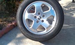 Honda wheels. U have only 3. 150 dls se habla espanol