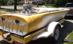Highly in demand 18' Raysoncraft Hot Boat built by Rudy Ramos back in the day in California - as seen in the April 2002 edition of Hot Boat Magazine - Trailer has new whitewalls -  454 Chev. engine freshly rebuilt, Casale V Drive, heavy duty