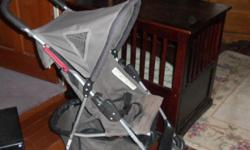 Kolcraft Ubrella are the light weight strollers and a perfect stroller for choice of travel or quick trips. This stroller has a full basket underneath the seat and folds easily and compact. Great Condition