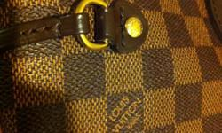 Selling my Louis Vuitton Neverfull MM Damier, originally priced for $1,100. Its 1 year old. I love it and very sad to let it go but I have to pay bills and baby diapers. It's in good condition, comes with protective original LV bag and original tags for