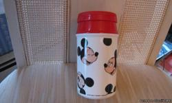 Aladdin brand. Fun and adorable. If you love Mickey you will love this kids thermos. In very good condition.