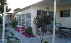 Evenning Star Park, Hollywood. mobile home 12 X 60, complely renovated, new sheetrock in every room, céramique tiles throughout, florida room with sheetrock, windows and ceramic tiles of 10 X 20. Large covered patio in the back, shed with washer and