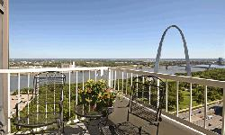 Address - 17th floor, 400 North 4th street, Gentry landing apartment, next to arch, downtown. we have free amenities - 2 gyms, roof top swimmimg pool, TV in entertainment center, free wi-fi in entertainment center. It is 29 storey building and has