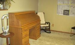 Beautiful oak roll top desk from Quality Woods. Perfect condition. Redecorating and must sell!!!