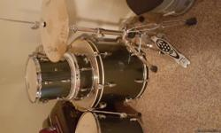 Silver pearl kit with seat only used a couple times