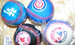 PHOTO BASEBALLS 4 IN PKG, LA DODGES, BOSTON RED SOCKS, CHICAGO CUBS, COLO. ROCKIES, AND OR MONTREAL EXPOS. A PACK OF 4 ON ANYONE OF THE ABOVE ADD $ 1.50. NATIONAL LEAGUE PHOTO BASEBALLS IN A CLEAR DISCRIPTIVE ACTION