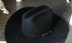 Black Rodeo King Cowboy Hat, Mint Condition. Style: Pro-5x, Color: Black, Quality: 5x, Band: Self Sil Buckle