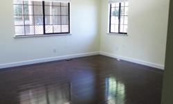 Room for rent for student in a lovely house shared by friendly students. 5 minutes walk to CSUEB and 2 minutes walk to University Plaza. Very big master bedroom with private en suit bathroom and walk in closet. This room is part of a lovely house in a
