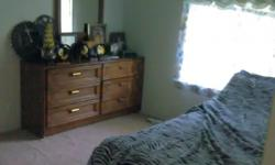 Room available now, looking for female roommate, who is responsible and clean. We will share kitchen and common room. Call 360-9321781 or TEXT with questions. Location is 14 miles from Mt. Vernon and 18 miles from Bellingham. Exit 236 on interstate. Room