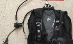 Great scuba gear. Only dove about 5 times with it and maticulasly cleaned after every dive. All Aqua lung gear. Bcd is is the balance. Regulator is the microm with a zoop computer with sunnto gauge. If interested or have any questions call or text (760)