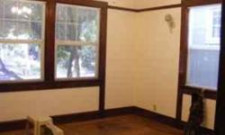 Share on Emeryville-Oakland border available July 2016... A room at a home on the Emeryville-Oakland border, located on a quiet street. We are three adults, and 2 quiet cats. Our neighborhood is composed of retirees, single and partnered professionals,