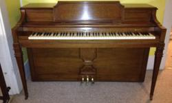"""Beautiful Kohler and Campbell, 36"""" upright Colonial Spruce Spinet Piano manufactured between 1965-1969. In great condition. Price negotiable. I am not able to deliver"""