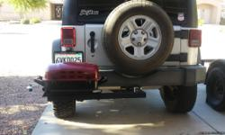 Tow hitch tailgate grill