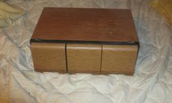 THREE DRAW CD CASE