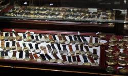 We invite you to browse through our unique store and see our many one of a kind jewelry items, music boxes, and time pieces. Timekeepers offers house calls on large items, free estimates and consultation services. Our knowledgeable Buyers, Appraisers, and