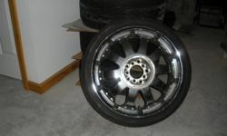 4 Toyo Proxes4 tires w/2 rims 255/35zr20 97w all in fair condition call 860-303-5321